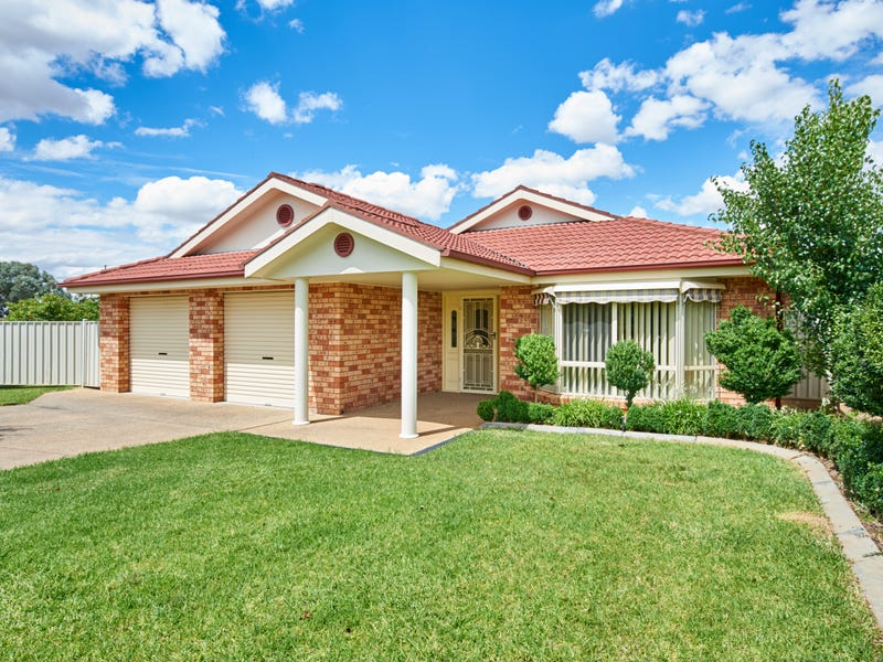 6 Yeomans Place, Kooringal, NSW 2650