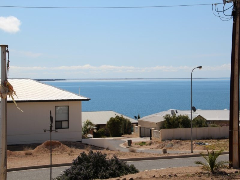 20 Flinders Drive, Streaky Bay, SA 5680
