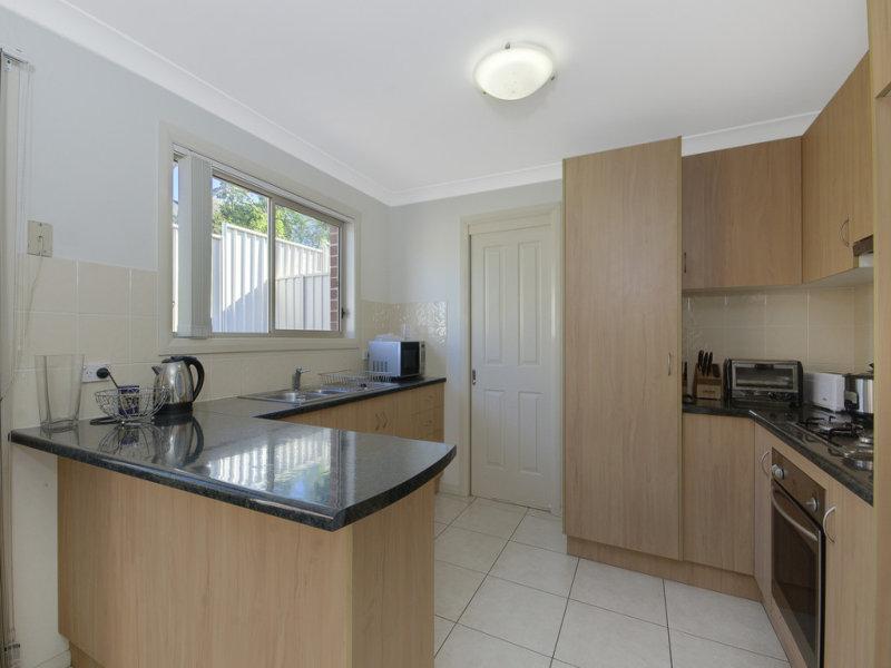 4/35 Bridge Street, Coniston, NSW 2500