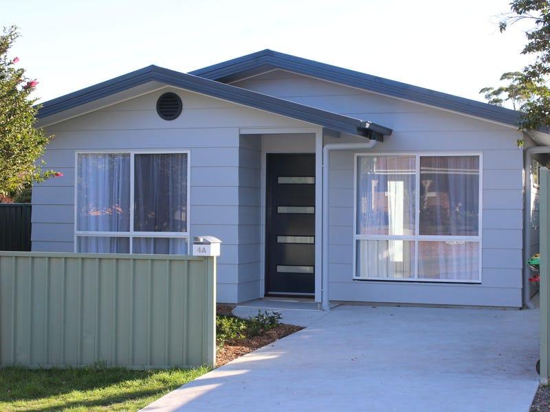4a Carlo Cl, Kincumber, NSW 2251