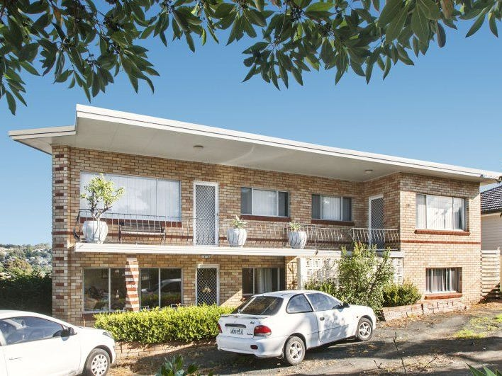 1/12 Adams Avenue, Unanderra, NSW 2526