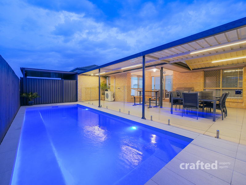 40 Sunrise Crescent, Regents Park, Qld 4118