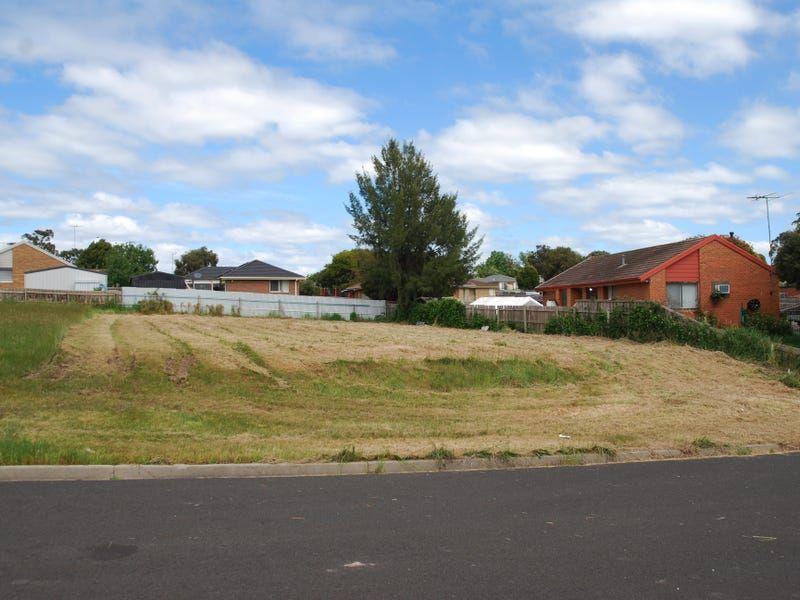 8 Baranbali Court, Churchill, Vic 3842