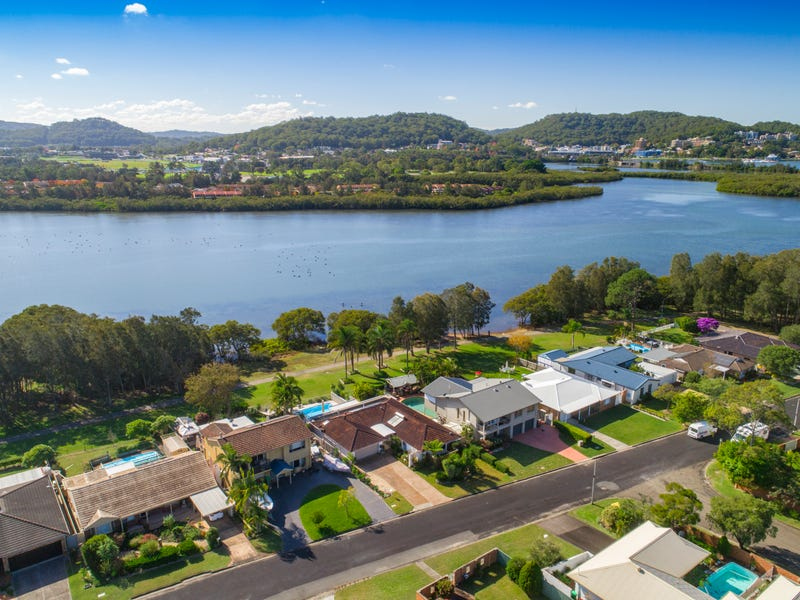 Record Price63 Bayline Drive, Point Clare, NSW 2250