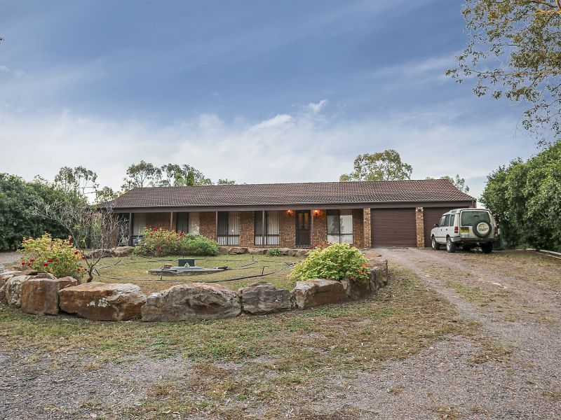 12 Cross Street, Seaham, NSW 2324