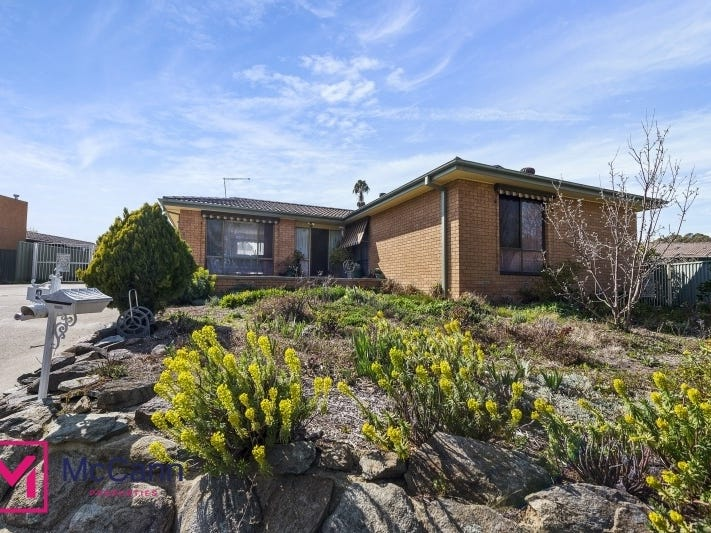 4 Bear Place, Chisholm, ACT 2905