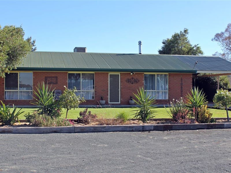 107 Cassin Street, West Wyalong, NSW 2671