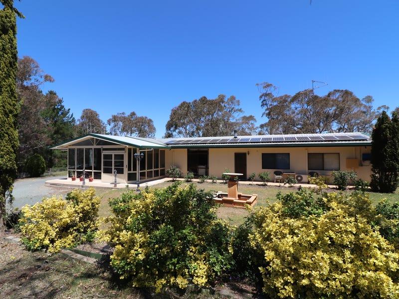 353 Weeroona Drive, Wamboin, NSW 2620