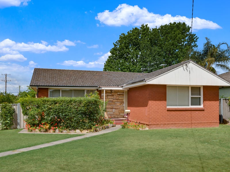 56 Beale Crescent, Fairfield West, NSW 2165