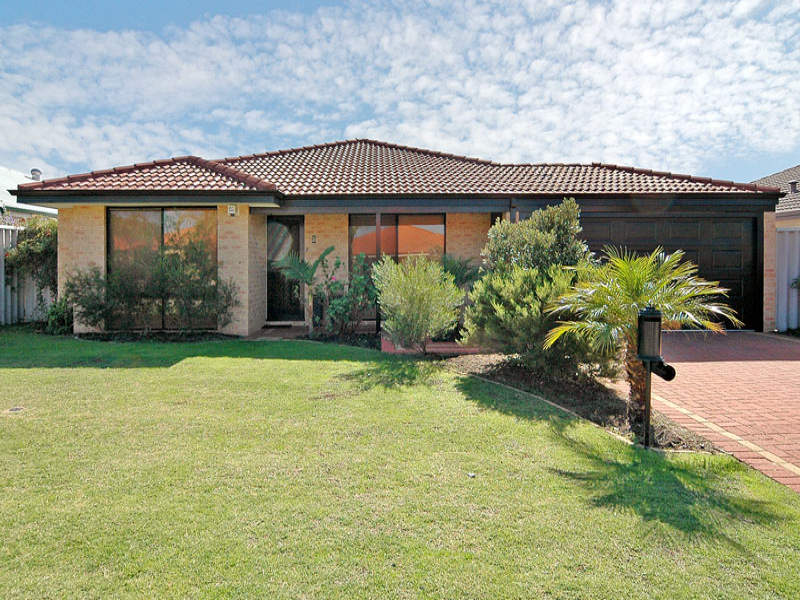 5 Blanc Close, Caversham, WA 6055