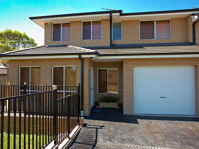 2 webster street pendle hill nsw 2145 property details. Black Bedroom Furniture Sets. Home Design Ideas
