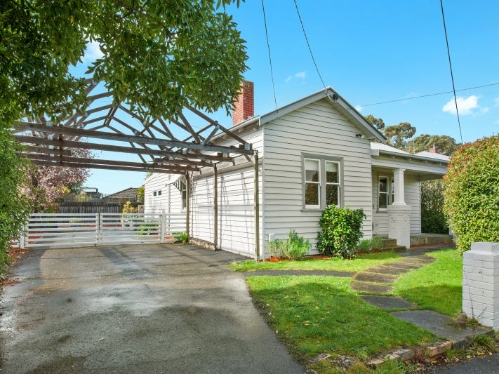 219 Clayton Street, Canadian, Vic 3350