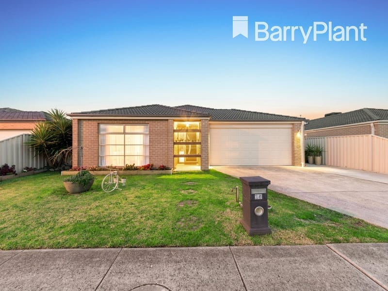 15 Pomegranate Way, Pakenham, Vic 3810