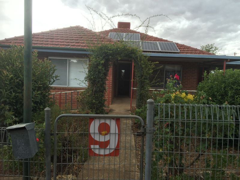 9 Russell Street, Young, NSW 2594