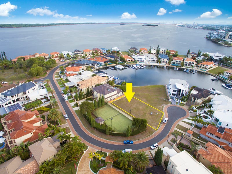 10 Queen Guineveres Place, Sovereign Islands