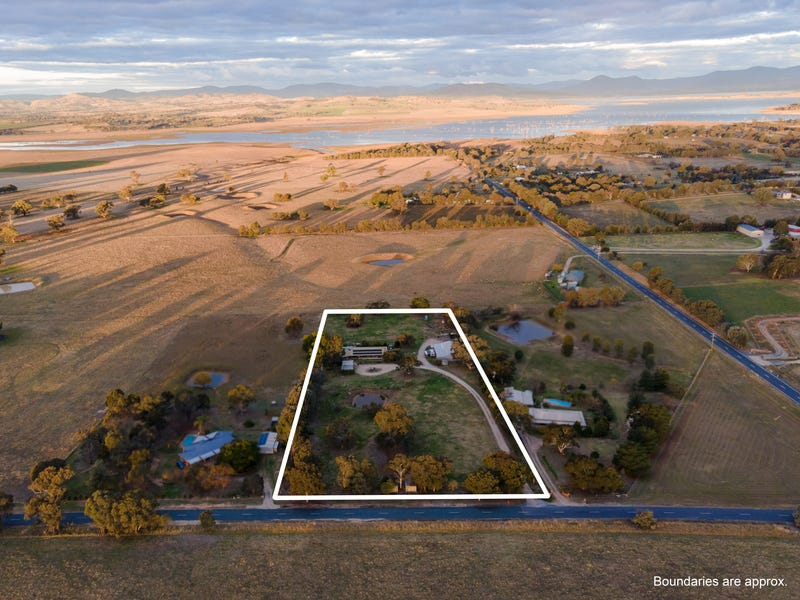 14 Mitchell Road, Table Top, NSW 2640