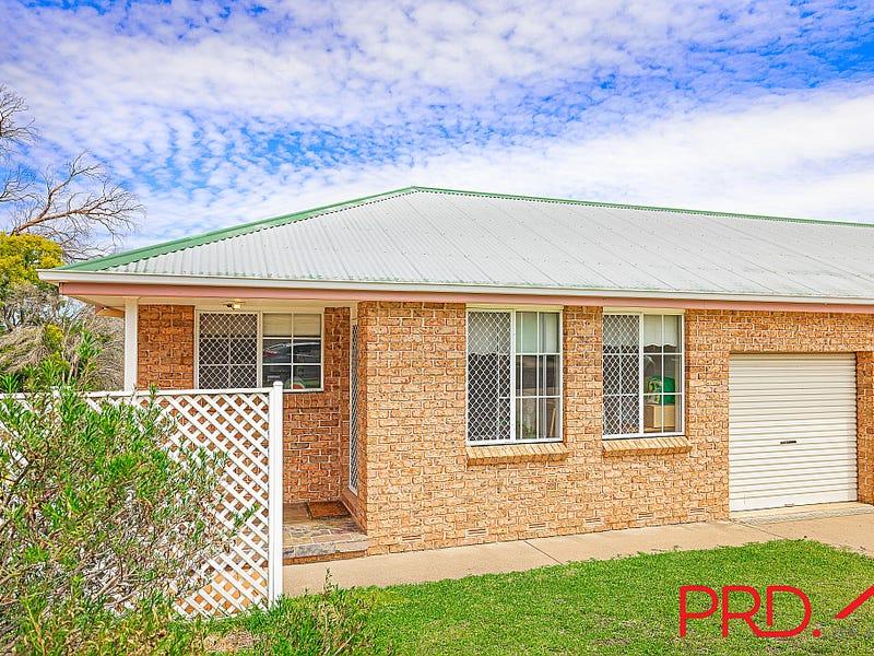 17 Charles Coxen Close, Tamworth, NSW 2340