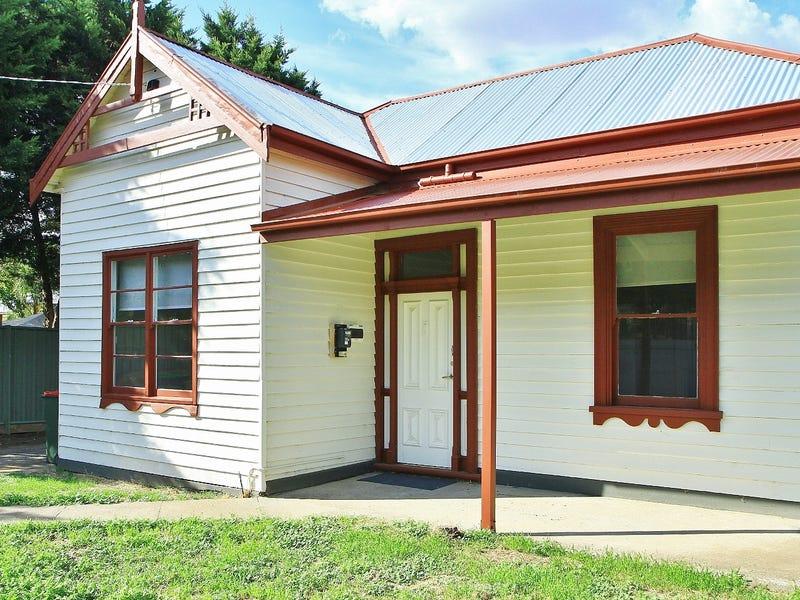 4 Camp St, Heathcote, Vic 3523