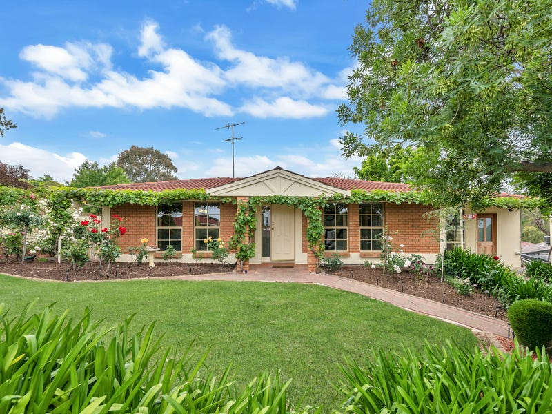 2 Vaucluse Drive, Happy Valley, SA 5159