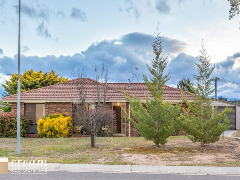 1 Willoughby Crescent, Gilmore, ACT 2905