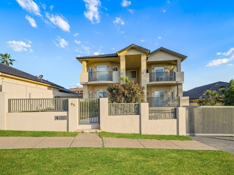 95 Rex Road, Georges Hall, NSW 2198