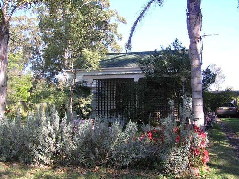 51 Catherine Street, Myola, NSW 2540