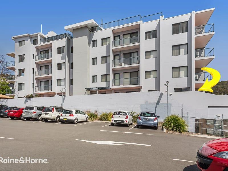 2/3 Yacaaba Street, Nelson Bay, NSW 2315