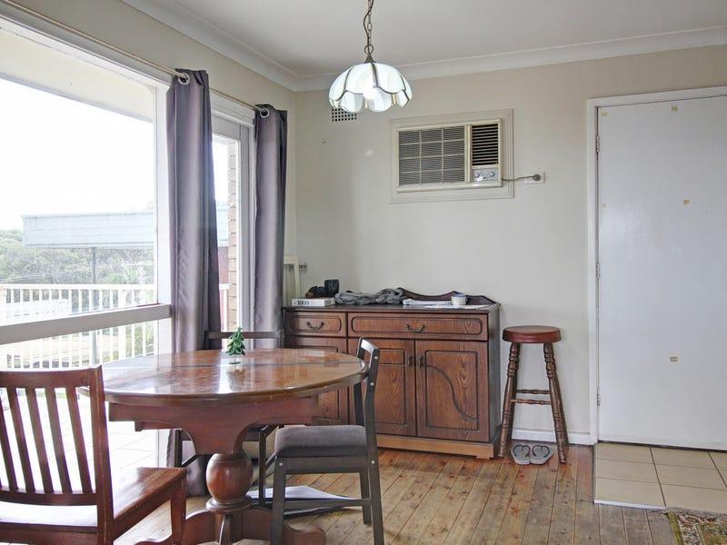 8 Binda Street, Keiraville, NSW 2500