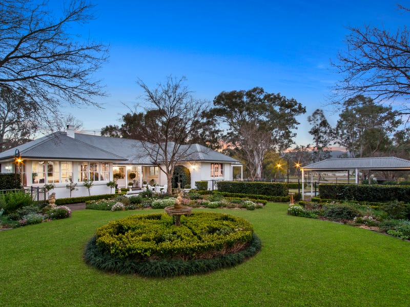 136 West Wilchard Road, Castlereagh, NSW 2749