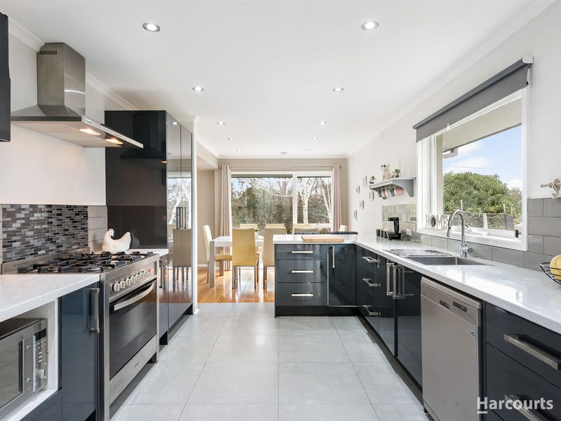12 Irvine Crescent, Frankston, Vic 3199