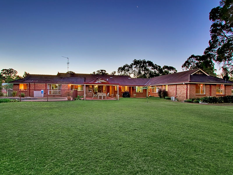 143 Willeroo Drive, Windsor Downs, NSW 2756