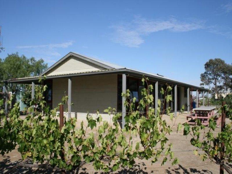 3321 Murray Valley Highway, Torrumbarry, Vic 3562