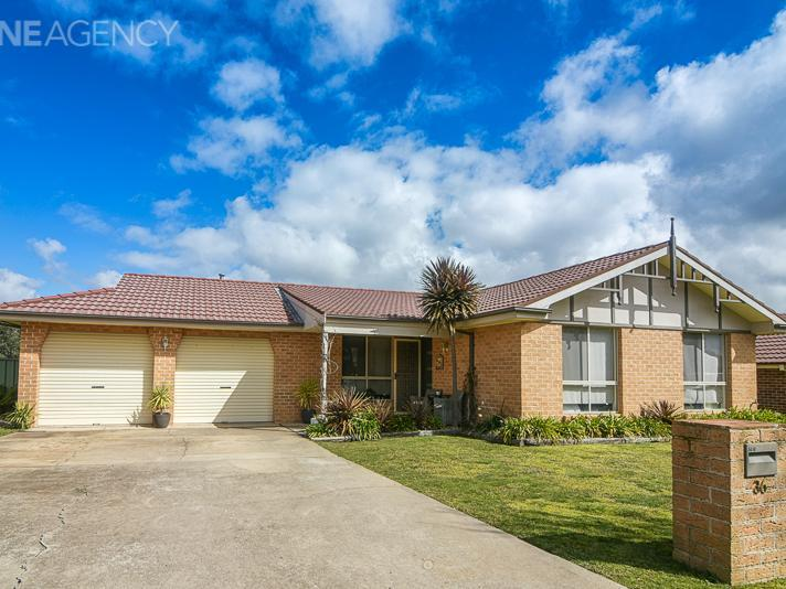 36 Coombes Place, Orange, NSW 2800