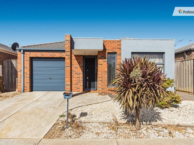 4 Stefan Drive, Melton West, Vic 3337