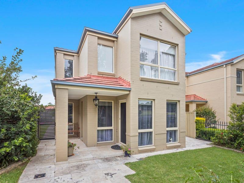 15 Munmorah Circuit, Flinders, NSW 2529