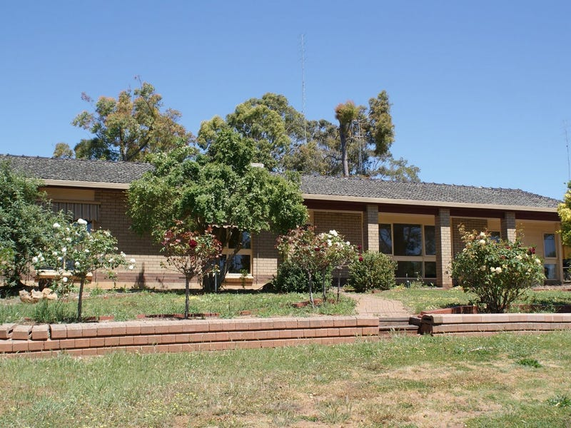 3 East View Street, Clare, SA 5453
