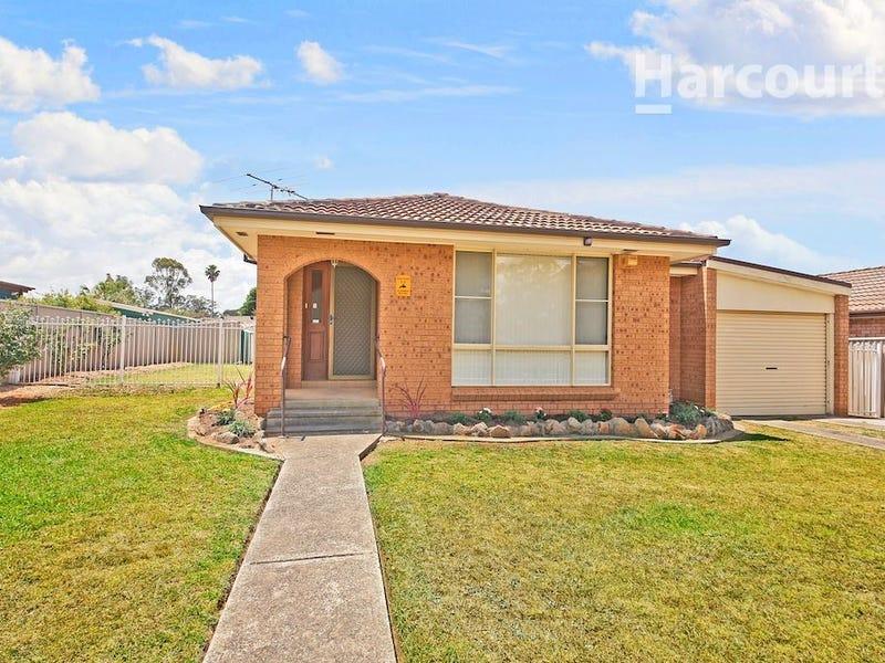 78 Evelyn Street, Macquarie Fields, NSW 2564
