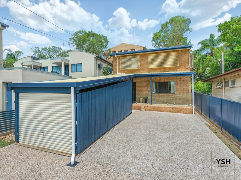 31 Warren St, St Lucia, Qld 4067