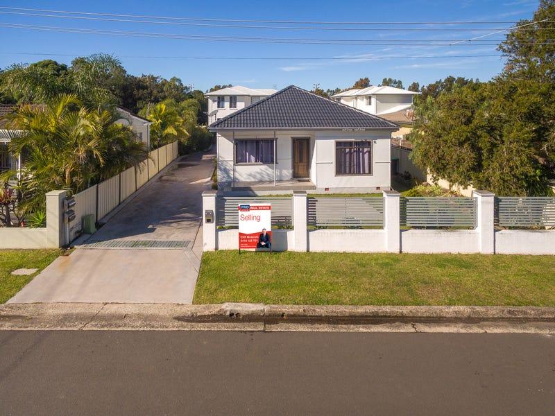 12 Joan Avenue, Warilla, NSW 2528