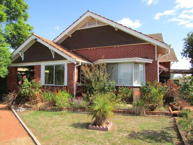 214 Scott Street, Warracknabeal, Vic 3393