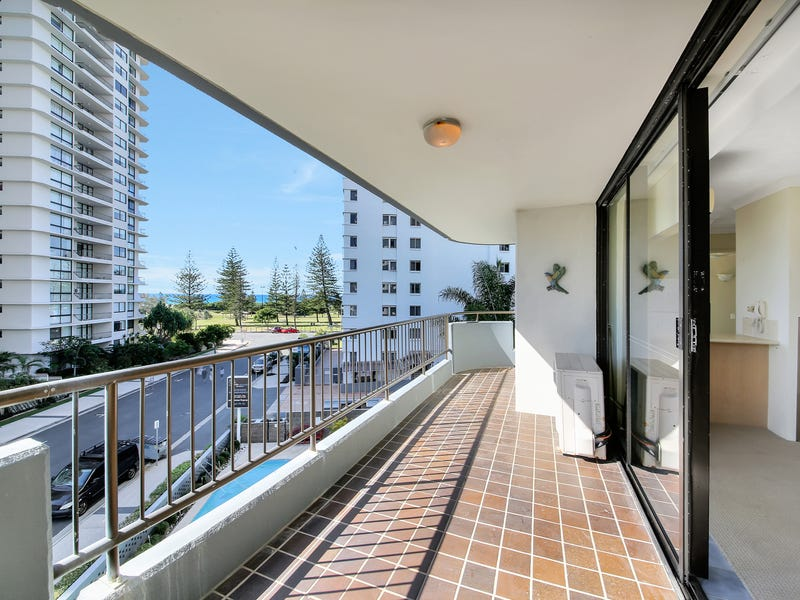 402/8 Albert Avenue, Broadbeach