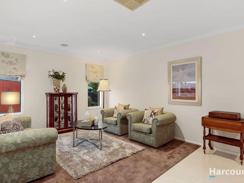 13 Paringa Drive, Ferntree Gully, Vic 3156