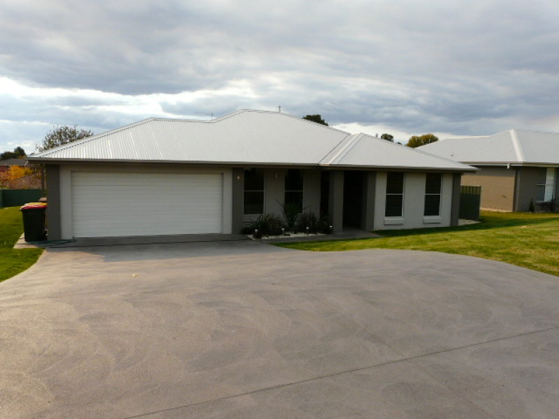 6 Vincent Crescent, Kelso, NSW 2795