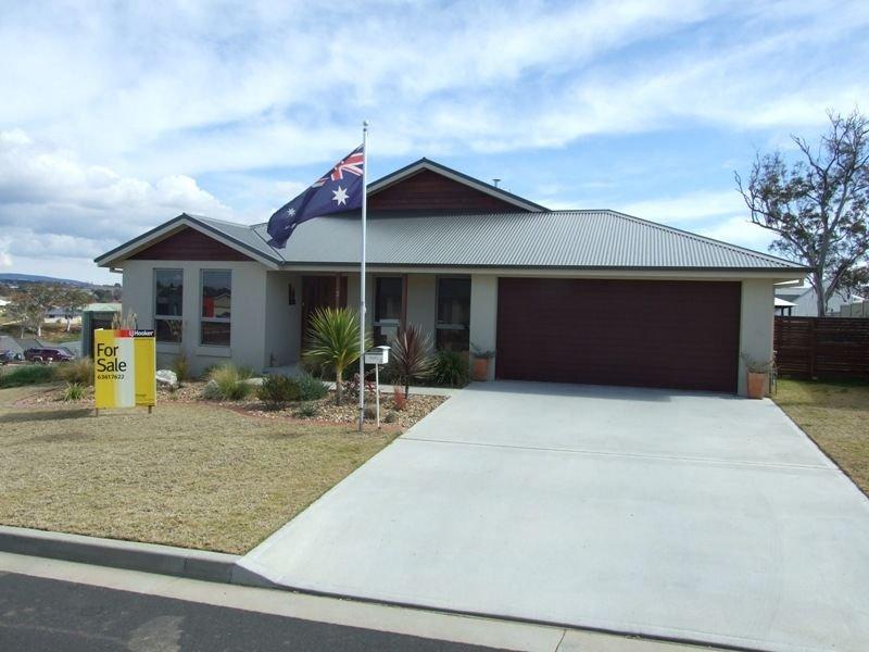 3 Candlebark Crescent, Orange, NSW 2800