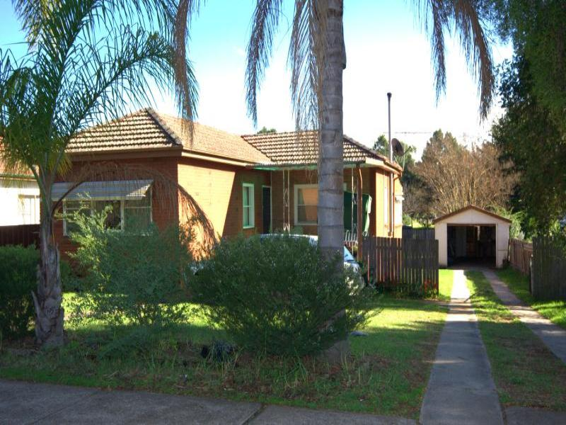 45 Harrington St, Elderslie, NSW 2335