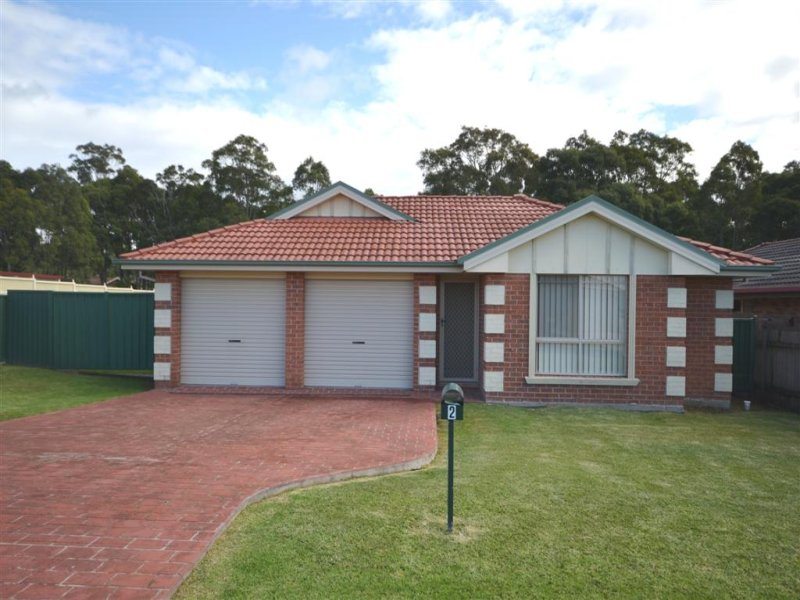 2 Kembla Close, Nowra, NSW 2541