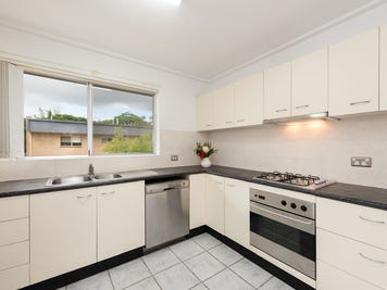 9/138 Clarence Road, Indooroopilly, Qld 4068