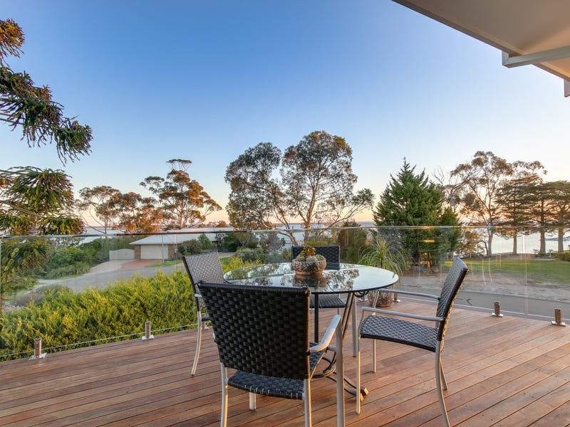 27 Leighton Bay Drive, Metung, Vic 3904
