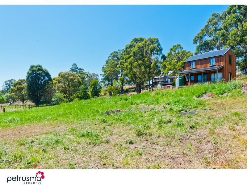 15 Davies Road, Lower Snug, Tas 7054