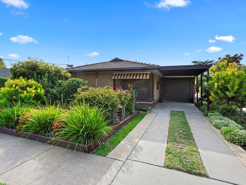 1/5 Carpenter Street, Kangaroo Flat, Vic 3555
